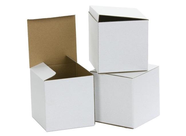 Купить картонные коробки белого цвета